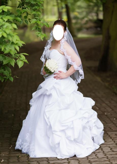 Svadobné šaty Claudine, 38