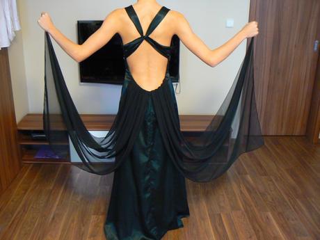 Společenské šaty s vlečkou na vysokou, štíhlou, 34