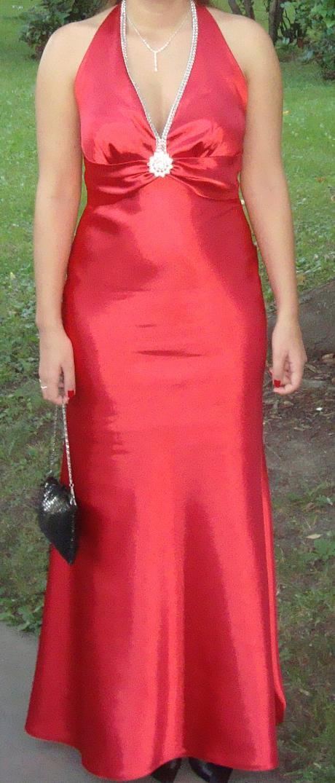 dlhé červené šaty, 38