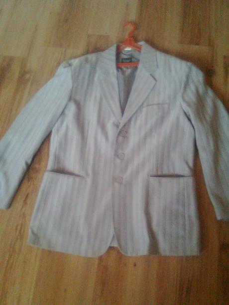 pansky oblek aj s kravatou, 44