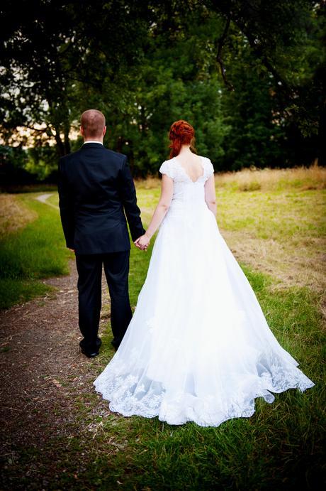 Svadobné krajkové šaty, 40