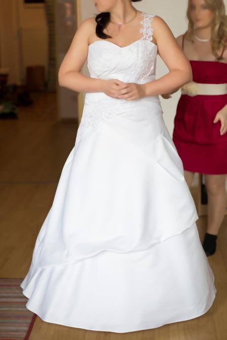 Original svatební šaty na šněrování, vel 40-44, 44