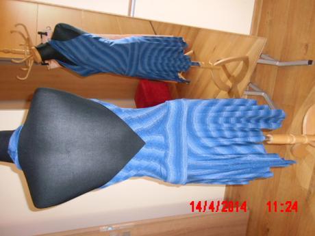 Šaty v štýle latino-holý chrbát - New Look, 36