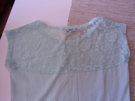 tričko s krajkou vzadu zn.House, 38