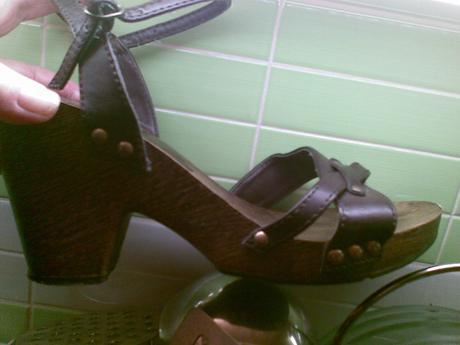 drevené sandálky-dreváky č. 38, 37