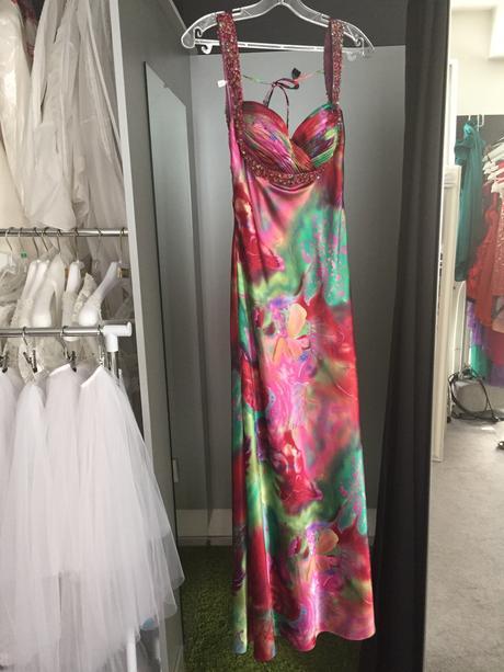 Spoločenské šaty 34, 36