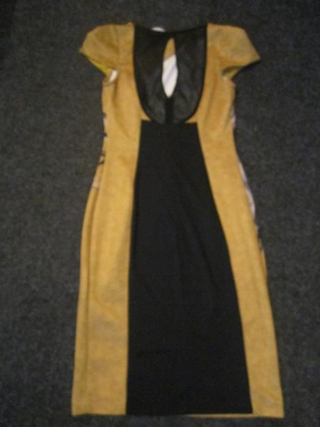Luxusní společenské šaty, S