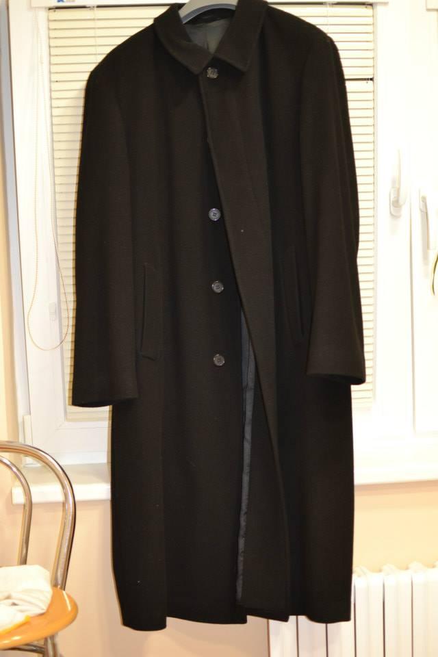 Čierny pánsky kabát dcb2bb1dd00