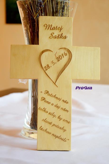 Svatební křížek - bledý,