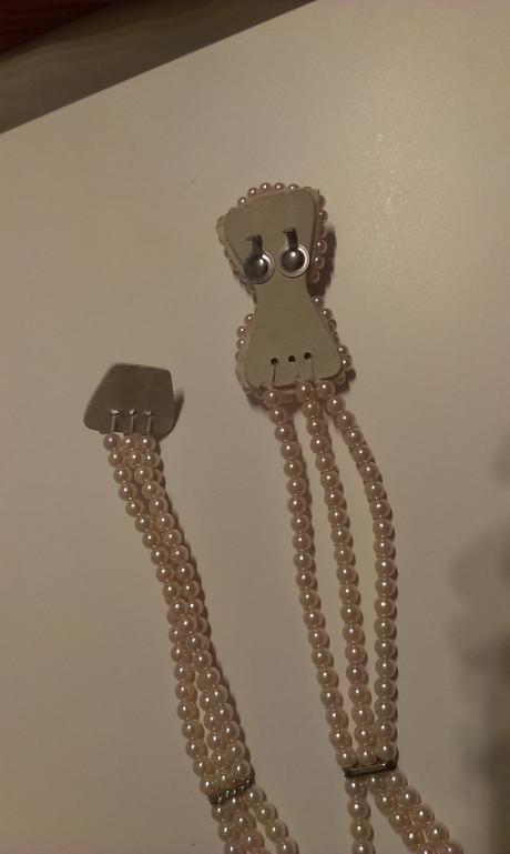 perličkovy opasok s mašľou,