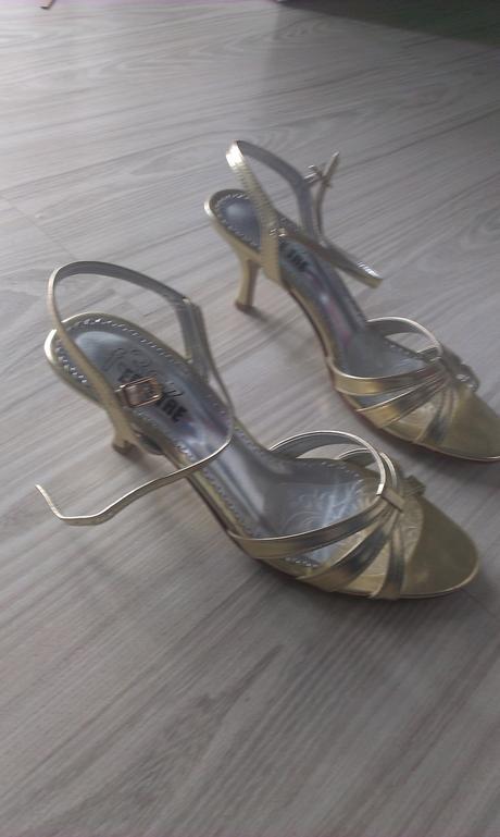 spolocenske sandale, 41