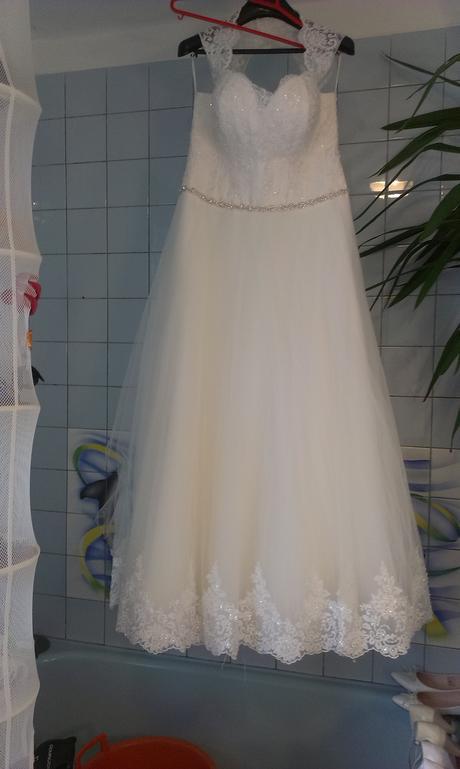 svadobné šaty 44-46-48-50-52, 48