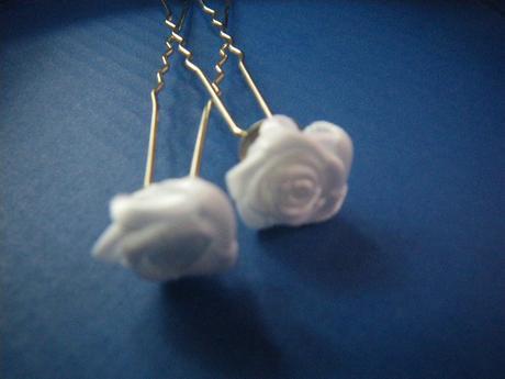 satenové růžíčky jako vlásenky 2 ks,