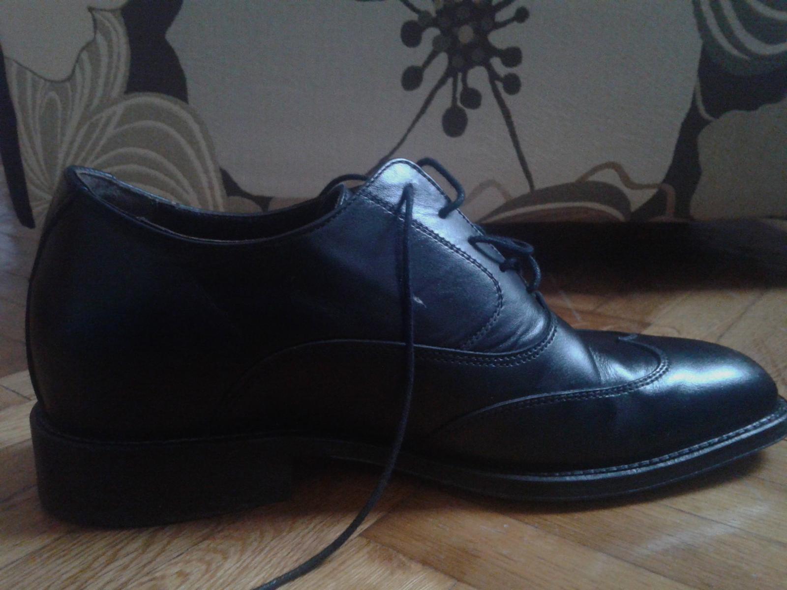 a0383482bc Pánske spoločenské topánky s vnútorným opätkom