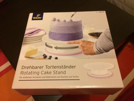 Otočný stojan na dort s lila proužkem,