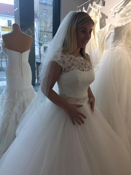Šaty se svatebního salónu  Te Amo v Praze, 38