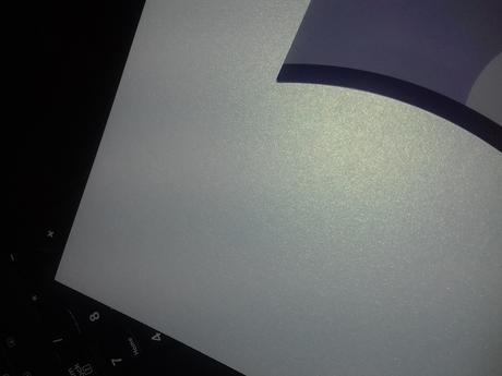Paper na výrobu oznámenia,