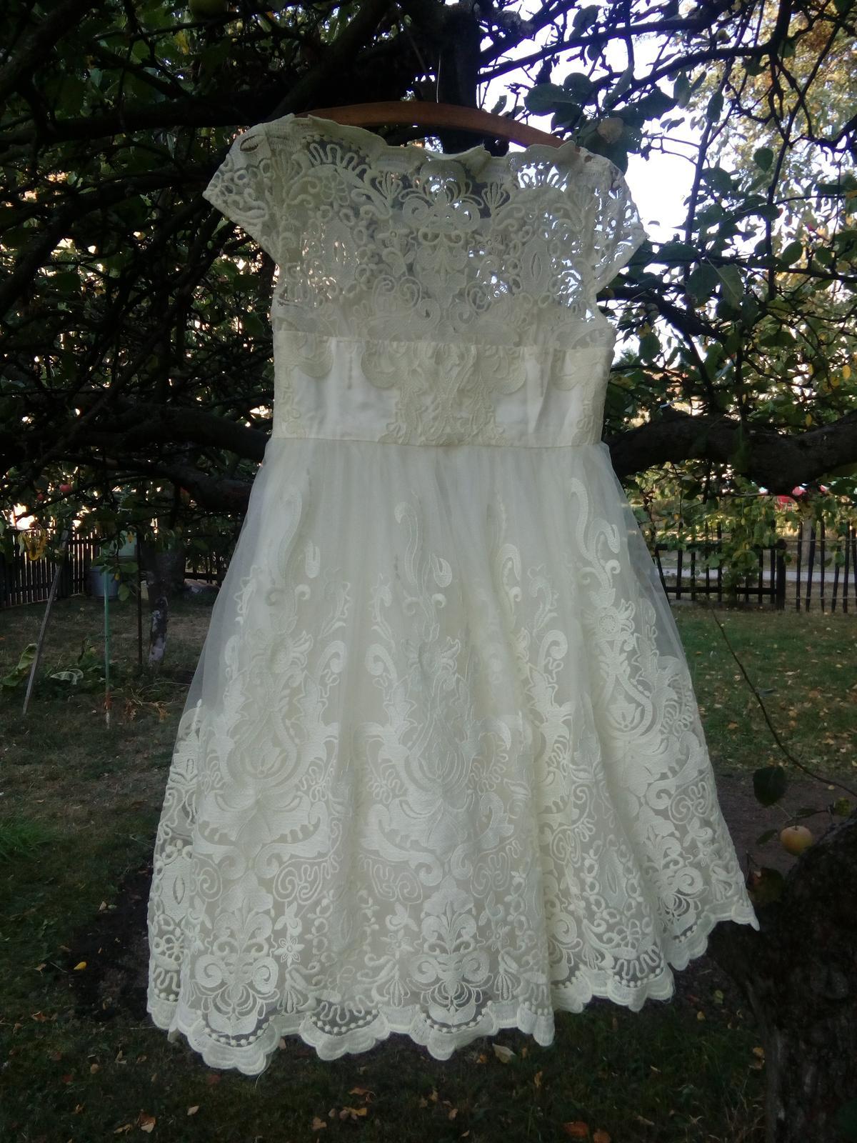 0f9480ce149 Chi chi london šaty