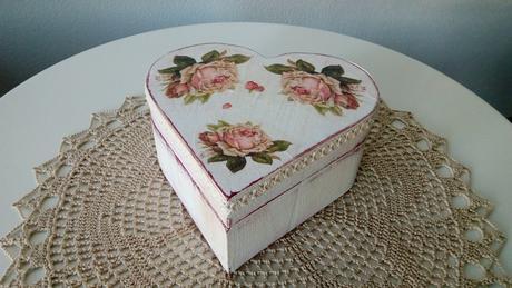 Handmade krabicka velka,