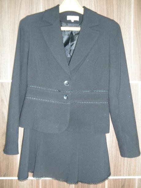 kvalitný kostým sako,sukňa a nohavice, 38