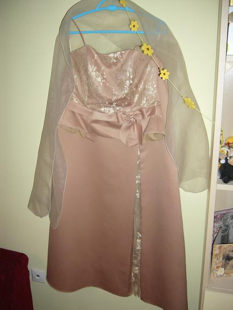 Elegantné spoločenské šaty -zlaté, 38