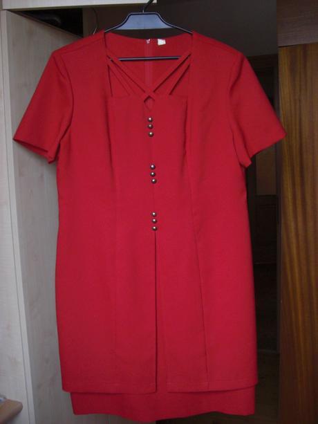 Společenské šaty, 46