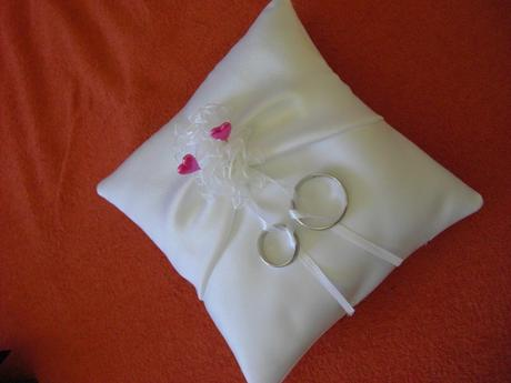 Záživě bílý polštářek pod prstýnky 14 x 14 cm,