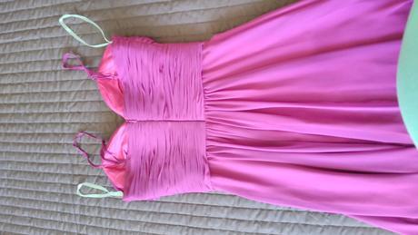 šaty s brošňou, 34