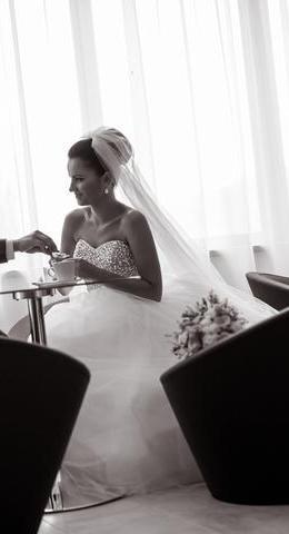 biele svadobne saty s trblietavym korzetom 34-36, 36