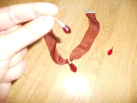Tmavobordový set - náhrdelník a náušnice,