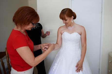 Svatební šaty (velikost pro 36-40), 38
