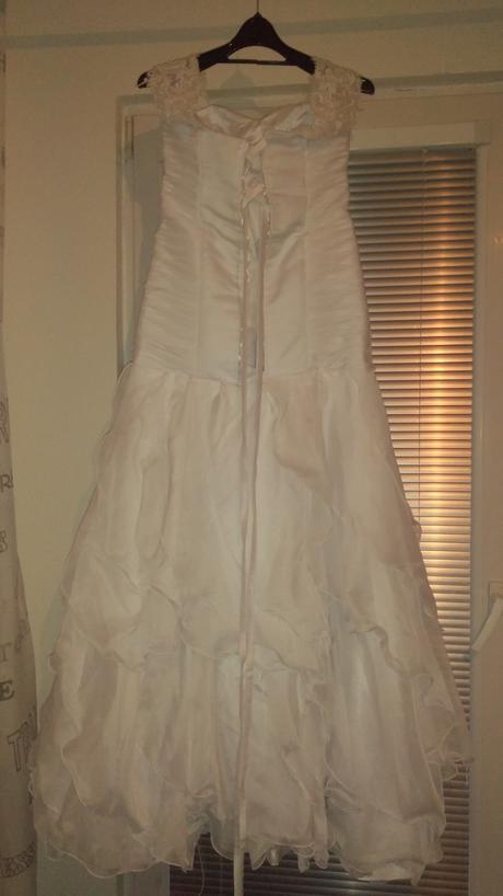 Svadobné šaty 38-40-42 veľmi pohodlné, 40