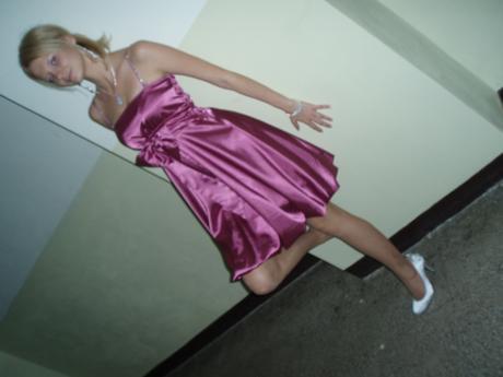 Cyklamenové šaty s mašľou, S