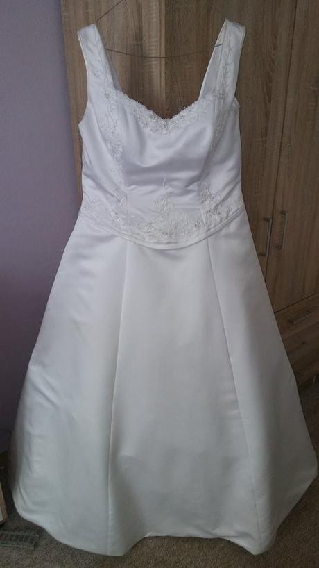 svatební šaty velikosti 50 - 56, 52
