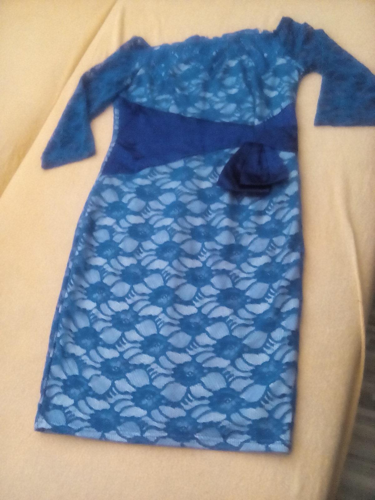 Modré čipkované spoločenské šaty e7985431b6f