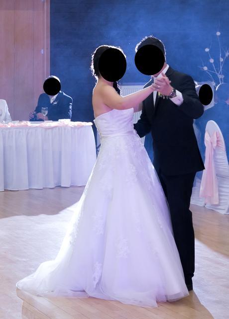 Svadobné šaty s bolerkom, 40