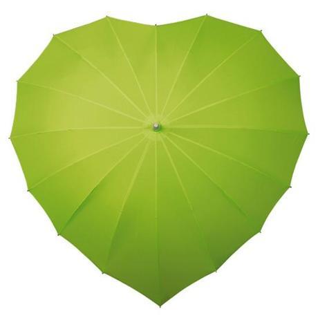 Zelený deštník ve tvaru srdce ,