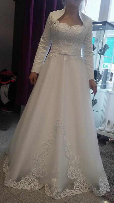 svadobe šaty, 42