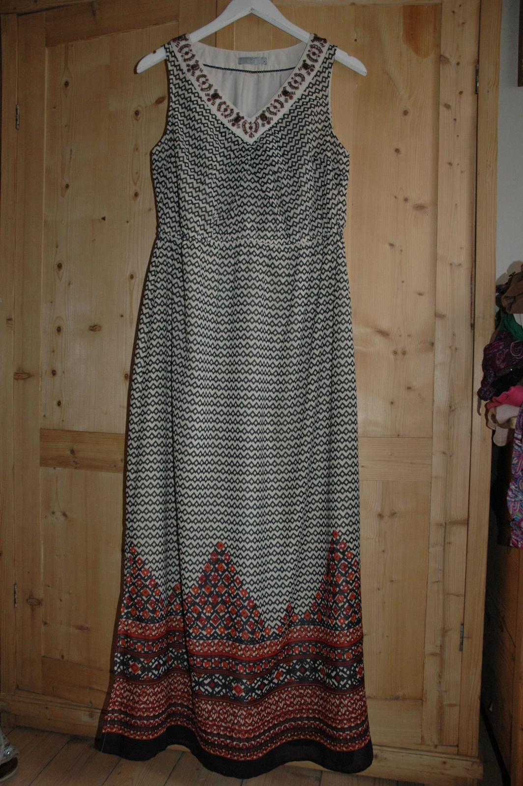 ae657317f88 Dlouhé letní společenské šaty vel.l