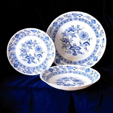 Talíře firmy Thun, karlovarský porcelán,