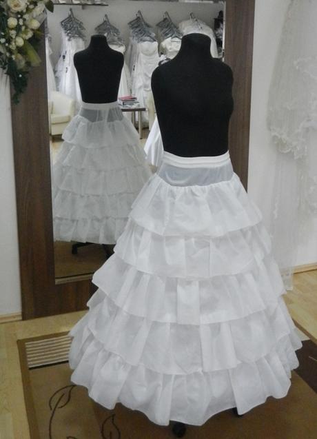 Spodnica pod svadobné šaty 5-kruhová (model c10),