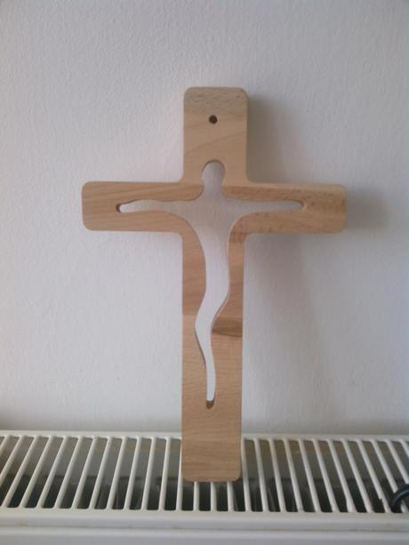 drevený kríž,