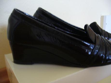 čierne lakované kožené topánky, 38