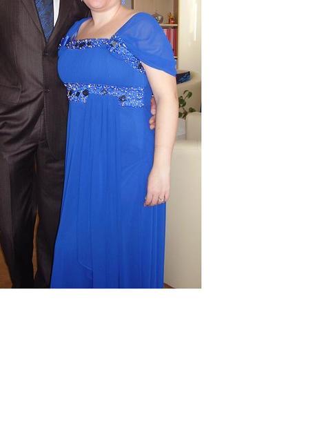 Spoločenské šaty s poštovným f5c370d692f
