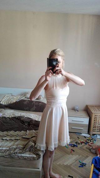 Šaty vhodné jako populnoční, družicku , 36