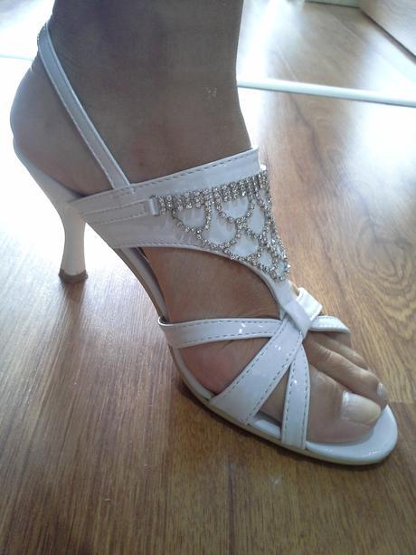 sandale so strasom, 39