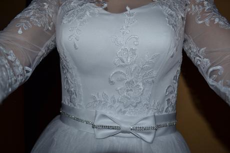Svatební šaty na zimní svatbu, 36