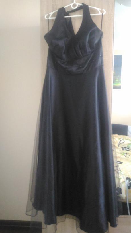 plesové šaty, 46