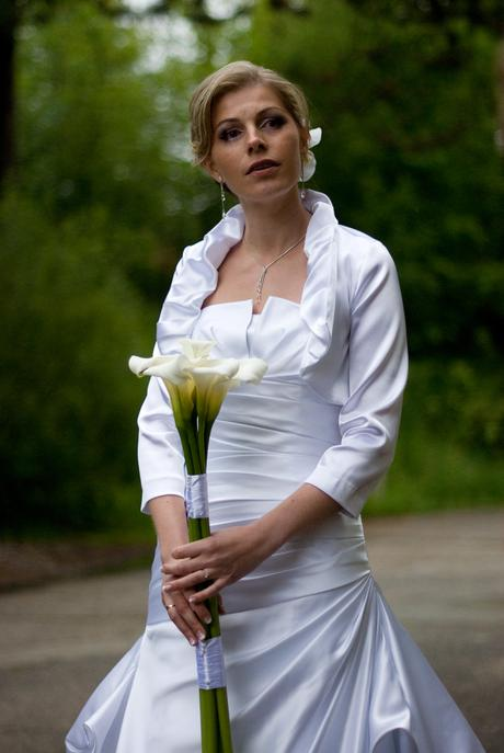 Svadobné bolerko biele,