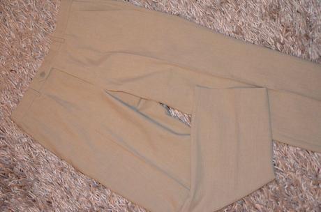 Slávnostné nohavice - nenosené, 32